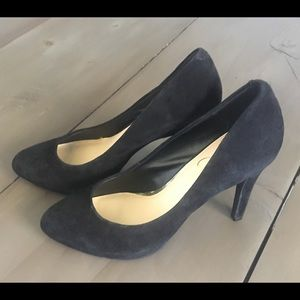 Jessica Simpson black heels 8.5